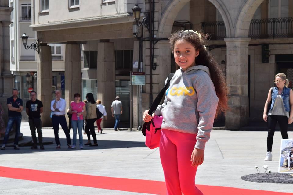 Desfile moda infantil plaza Mayor Ourense