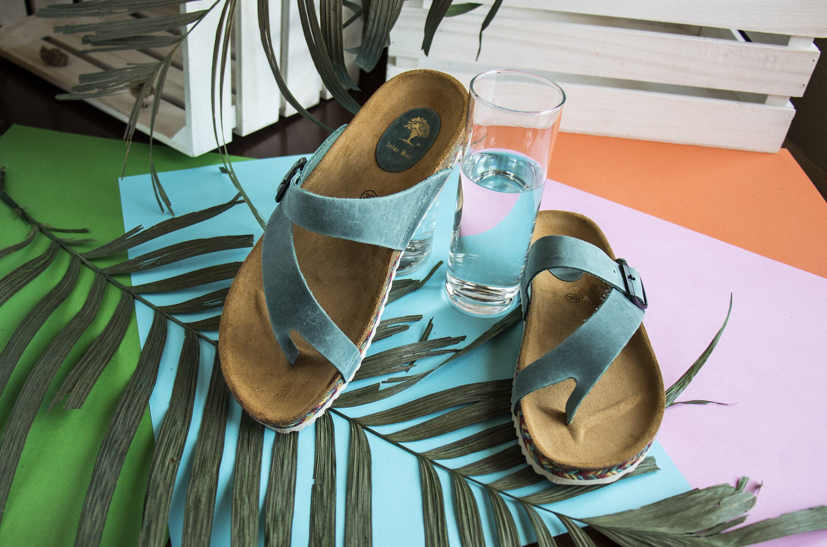 Sandalias azules  trenza multicolor Inter Bios