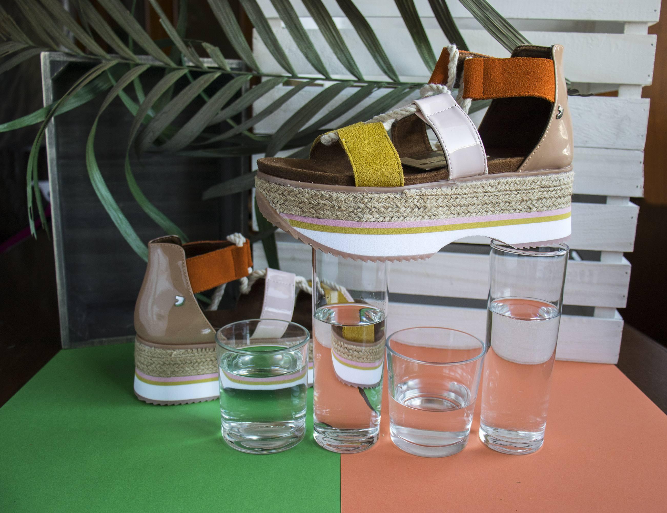 Sandalias multicolores con mega plataforma Gioseppo Sport Chic