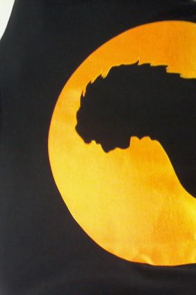Camiseta negra león