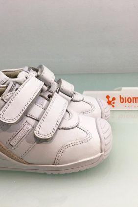 Biomecanics blanco piel