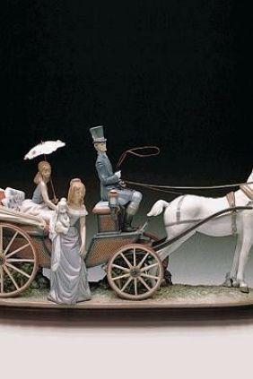 Lladró carruaje de gentiles damas, chofer elegante y blanco corcel 1521