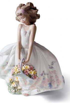 Lladró chica cesta flores