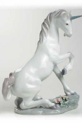 Lladró unicornio 7697