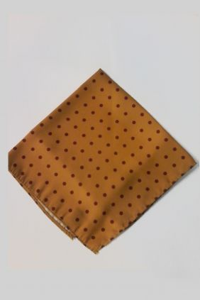 Pañuelo decorativo topos camel Marco Valenti