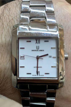 Reloj Universal Genève Micro Rotor Tonneau Sapphire Automatic