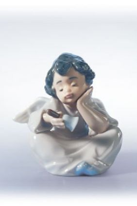 Lladró angel sentado con campanilla 05723