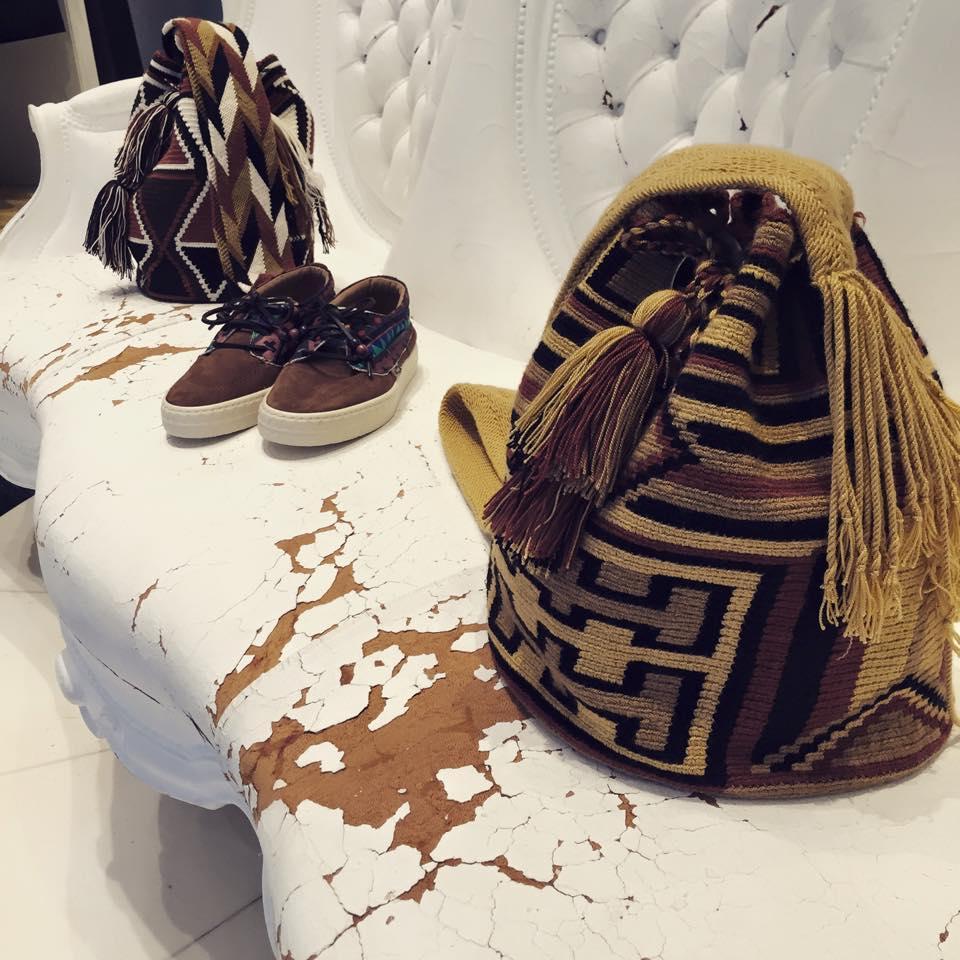 Típicas mochilas arhuacas en Boutique Pablo Enrique. También llamadas tutu iku en el idioma de los arhuacos, indígenas de Colombia.