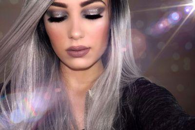 Cabello platinado gris mujeres