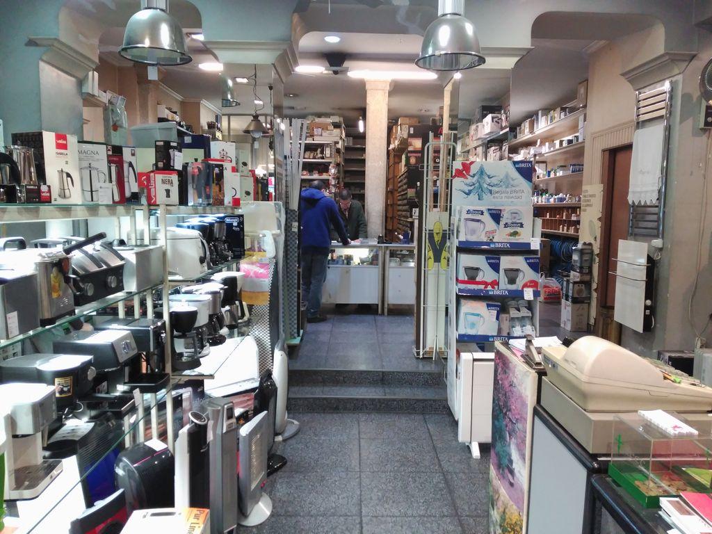 interior tienda electrodomésticos aragonés