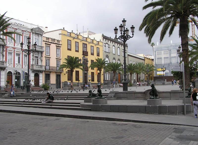 Plazaza Santa Ana Gran Canaria