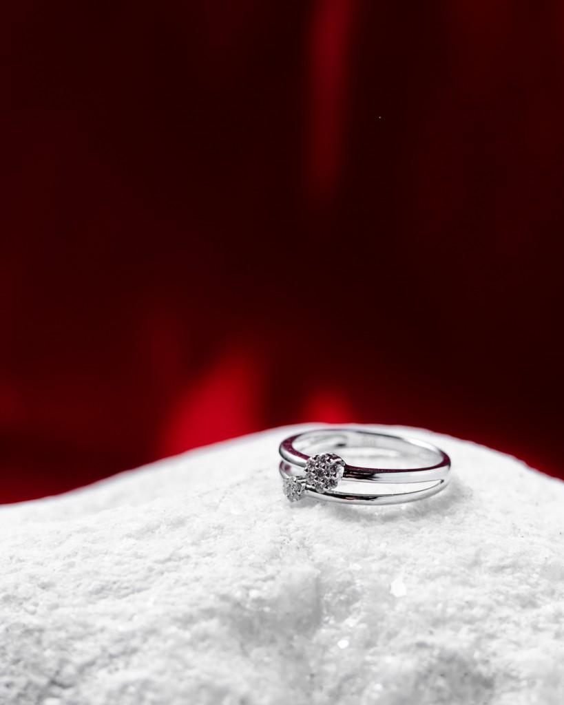 Oro blanco y diamantes. Joyería Loyma
