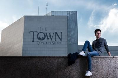 principal the town concept store con logo