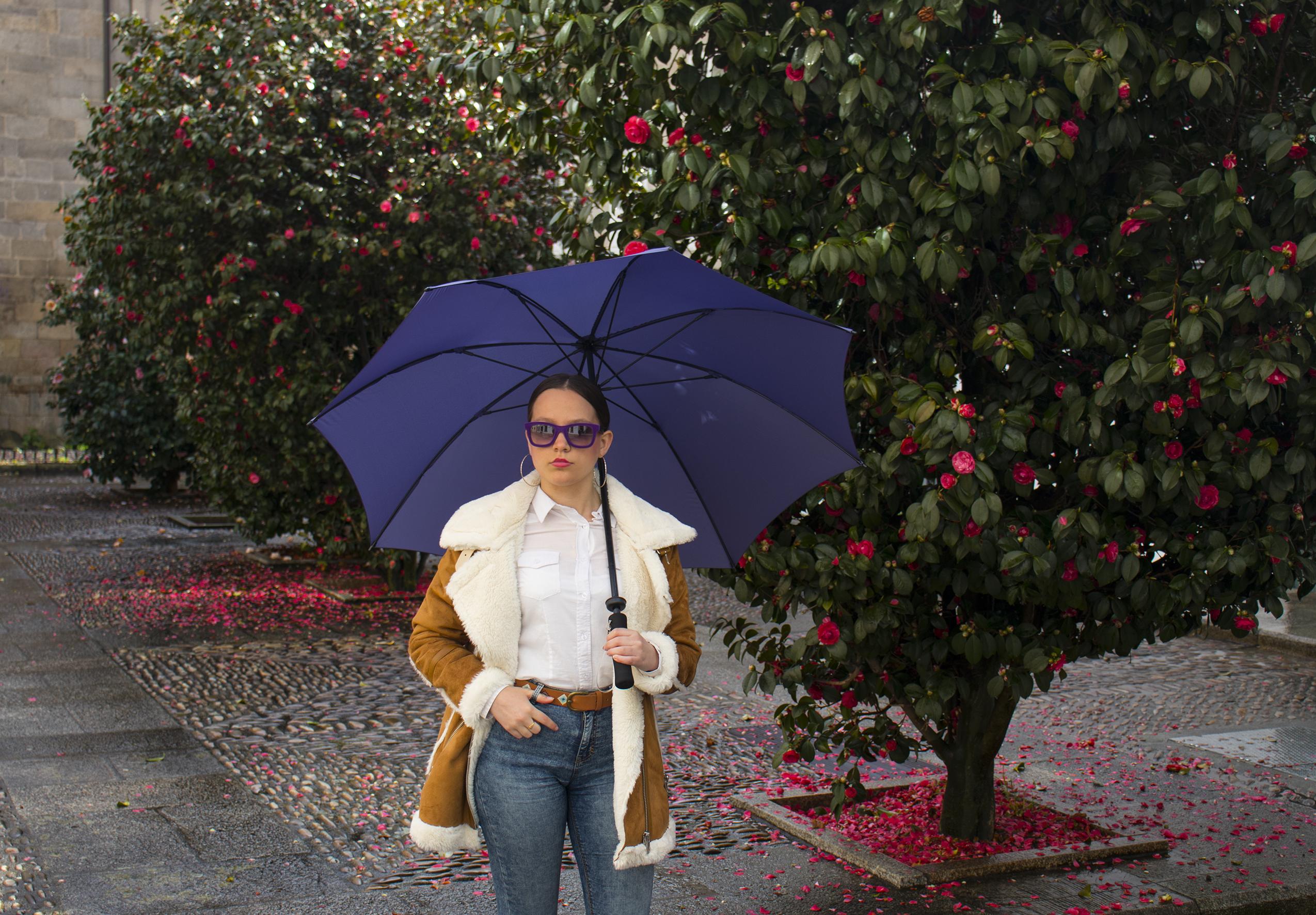 Paraguas morado b de bolso
